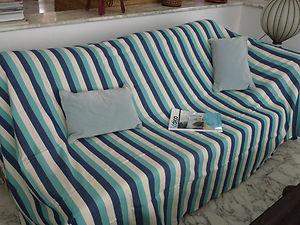 donnez un coup de neuf votre sofa spk frnch. Black Bedroom Furniture Sets. Home Design Ideas